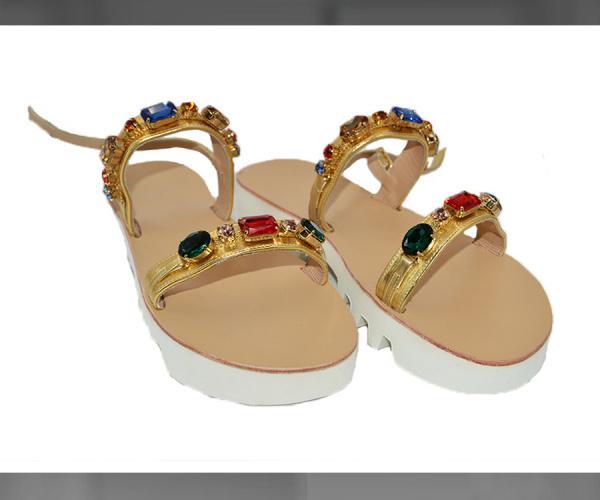 Sandali con Vibram