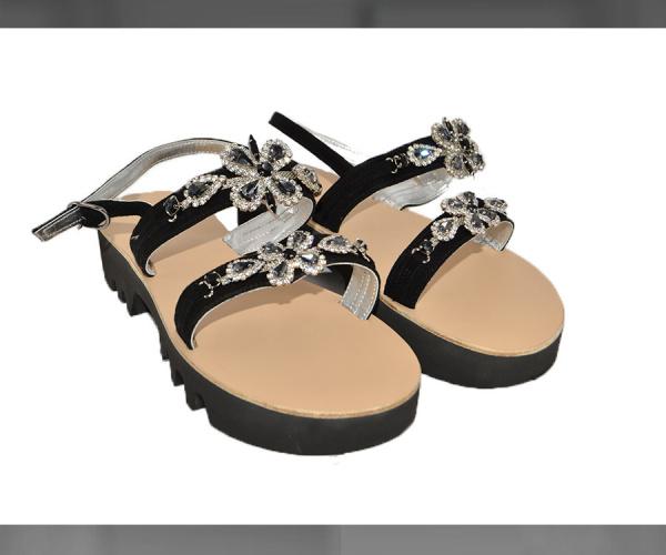 Sandali con Vibram e pietre