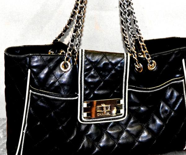 Riparazioni effettuate su borse Chanel