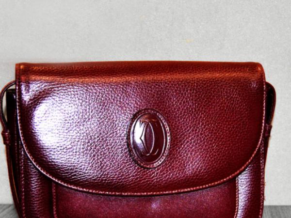 Restauro borse donna Cartier