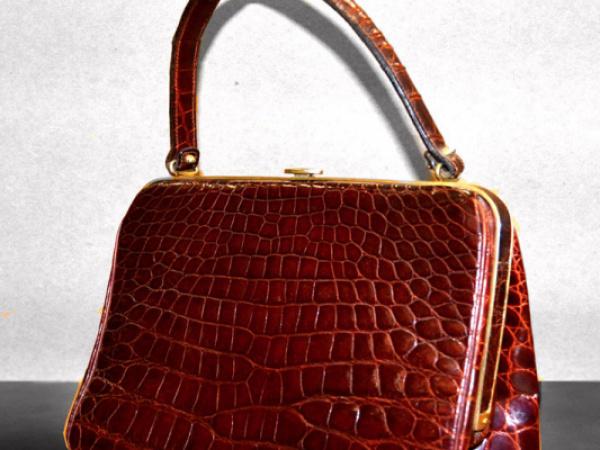 Riparazione fianchetto borse vintage