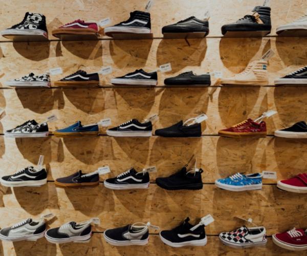 Reebok, i clienti decidono quali scarpe mandare in produzione. E la moda diventa on demand