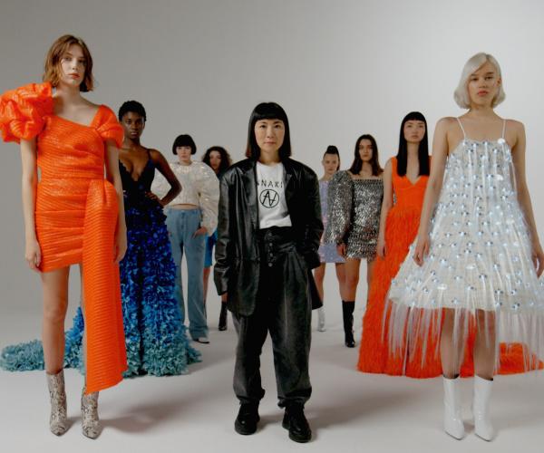 L'intelligenza artificiale di Huawei P30 crea una collezione di moda