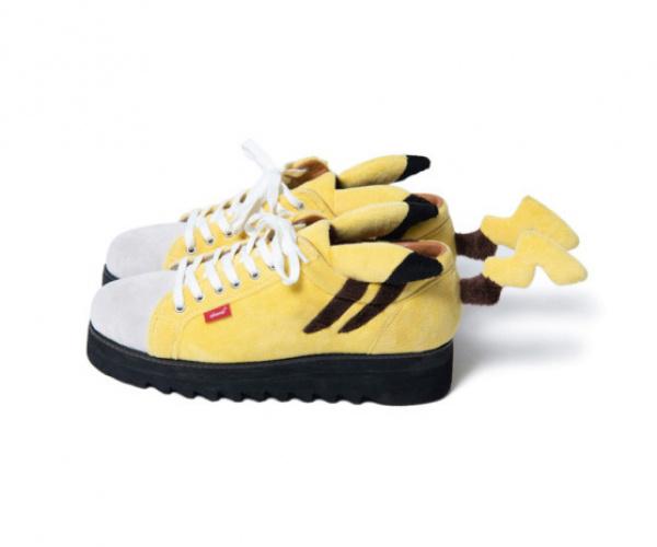 Le scarpe di Pikachu con cui tutti dovrebbero andare in giro