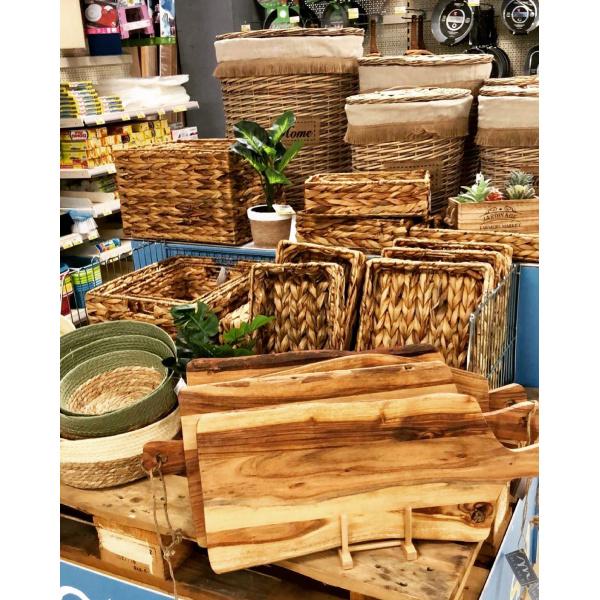 Ceste, cestini e porta tutto in rattan e foglie di banano 100% naturali
