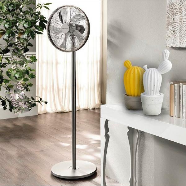 Hai bisogno di una ventata di aria fresca in casa? Il ventilatore da terra è l'ideale per prestazioni e stile