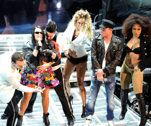 Le 10 canzoni più assurde presentate a Sanremo