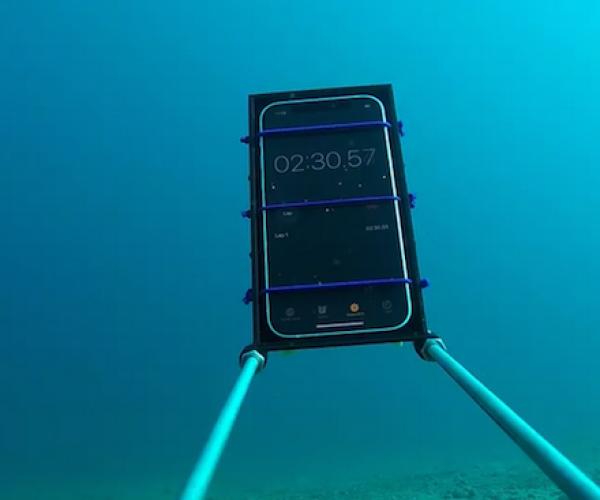 Ma allora quanto può resistere in acqua l'iPhone 12?