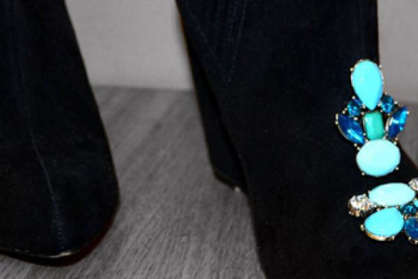 Scarpe decorate a mano