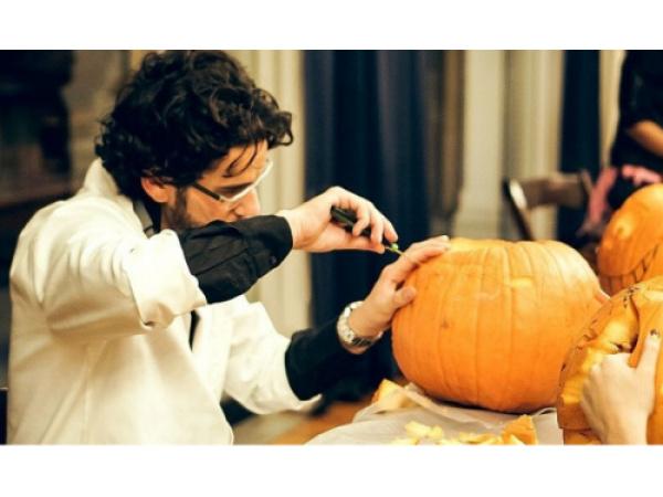 I migliori tutorial per imparare a intagliare le zucche di Halloween