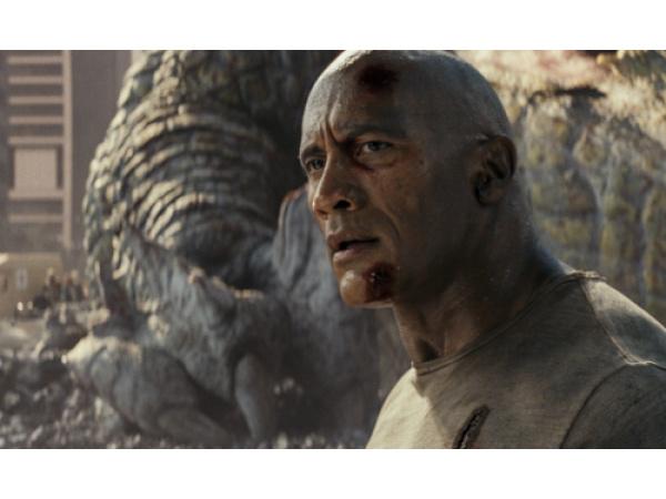Rampage, ennesimo film cucito addosso a The Rock, ma va bene così