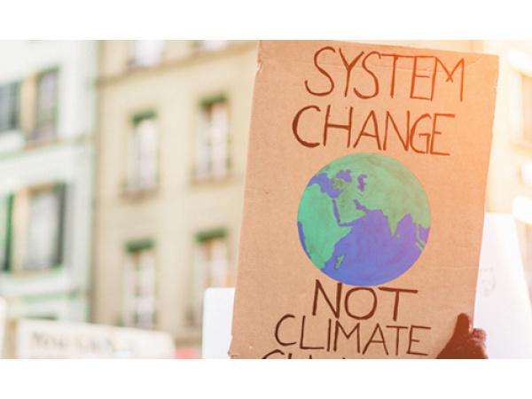 Il 2020 è stato solo un anticipo della crisi che ci aspetta tra clima e salute, avverte Lancet