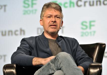 Intelligenza artificiale, Apple assume l'ingegnere capo di Google